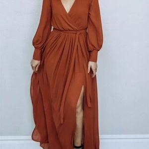 V-neck long sleeves maxi dress